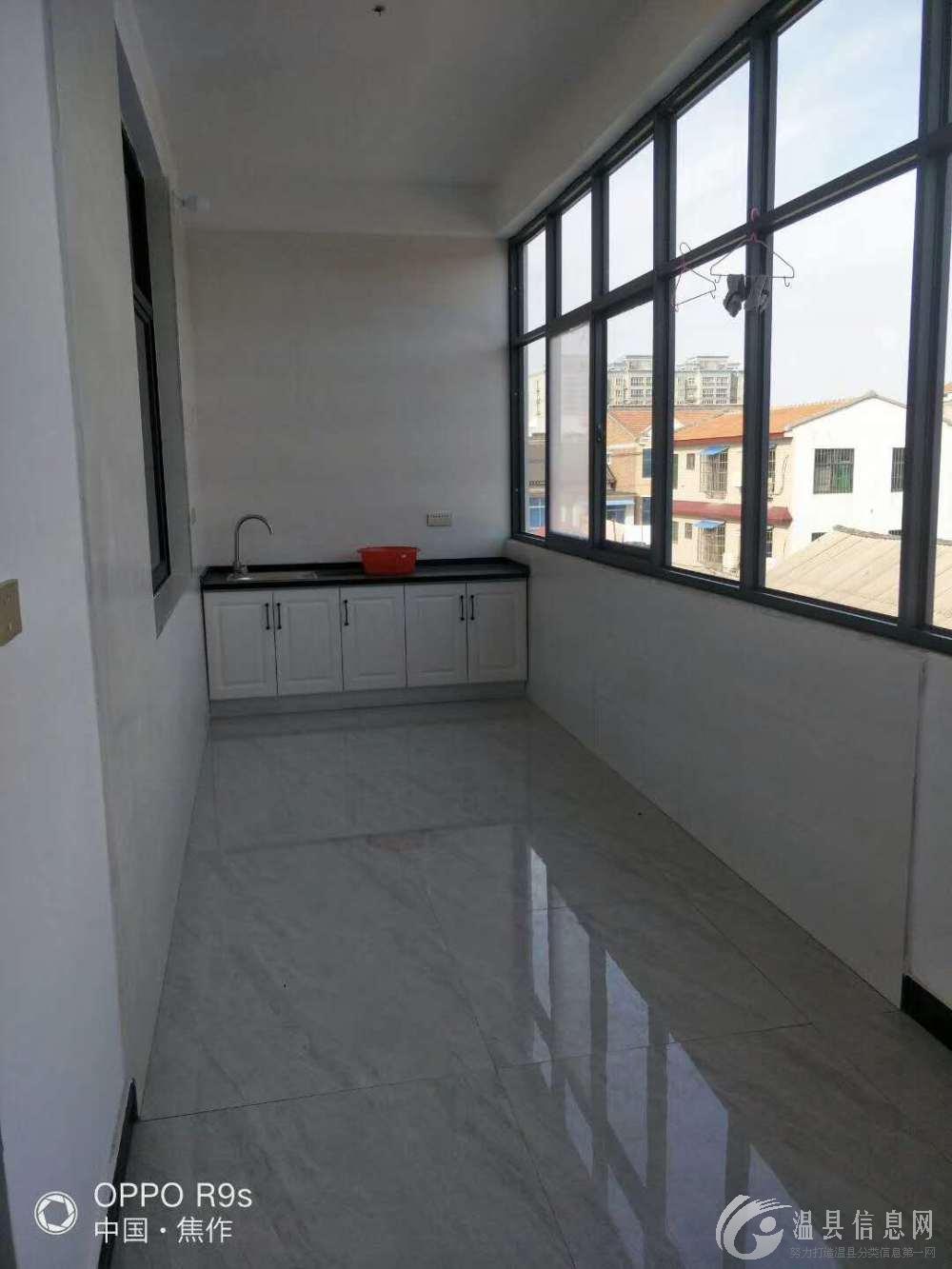 金太极附近现有两室一厅,单间,厨房,卫生间,家具齐全,可拎包